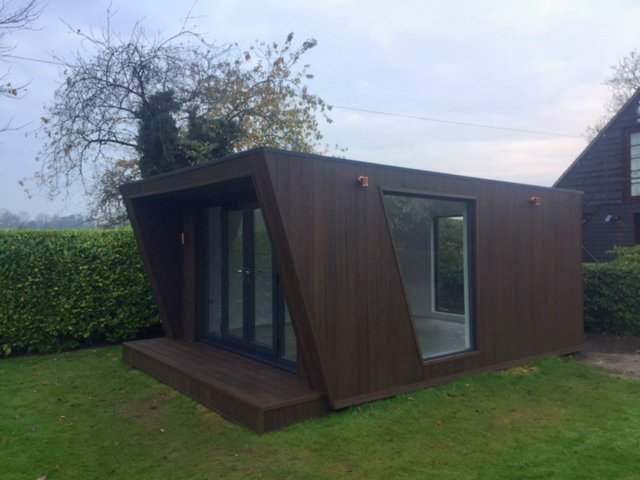 garden room side view
